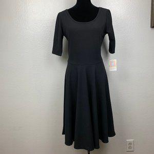 Lularoe Nicole Texture Short Sleeve Black Dress